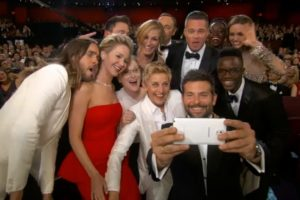 samsung selfie social media campaign